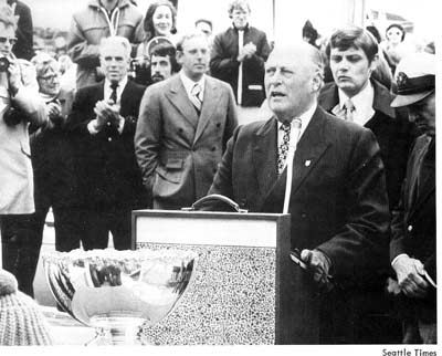King Olav V dedicates his trophy to the Puget Sound fleet in 1975